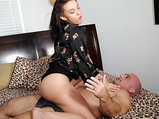 Maria Jade makes me cum