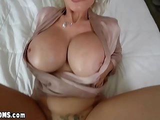 Fucking my classy russian MILF stepmothers inked pussy