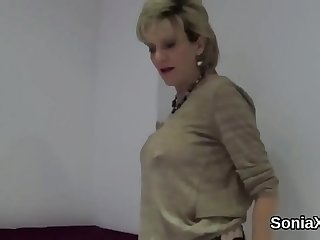 Unfaithful english mature gill ellis pops out her huge boobs