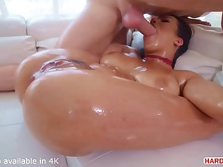 Horny Brunette Autumn Falls Fucked Senseless While Squirting