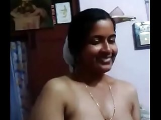 VID-20151218-PV0001-Kerala Thiruvananthapuram (IK) Malayalam 42 yrs old married beautiful, hot and sexy housewife aunty bathing with her 46 yrs old married husband sex porn video